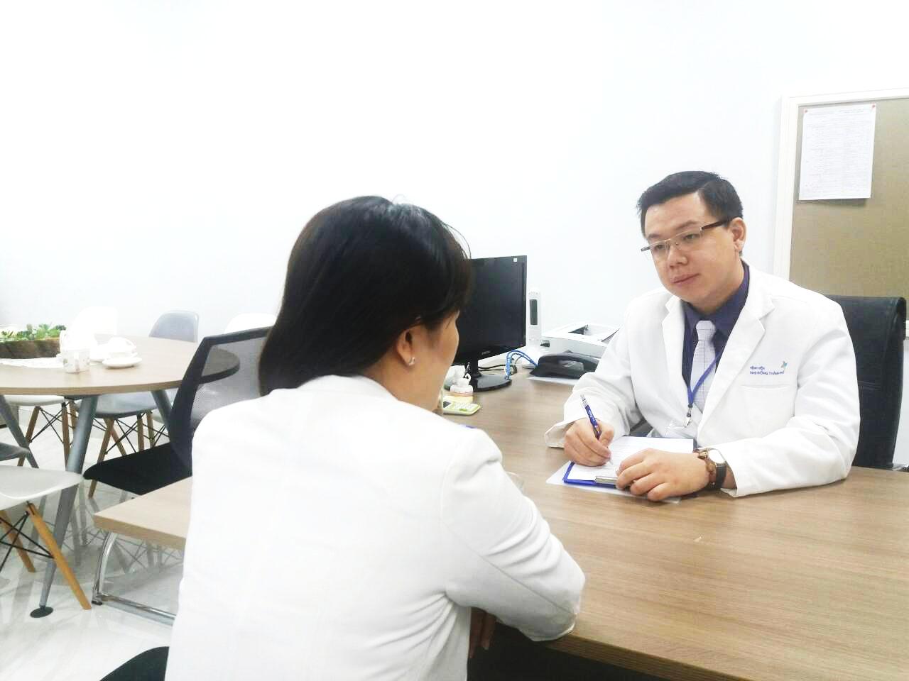 Hình ảnh minh họa: Tham vấn tâm lý Stress nghề nghiệp cho nhân viên y tế tại Bệnh viện Nhi đồng Thành phố.