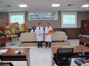 Ban Giám đốc chúc mừng Bác sĩ Hồ Tấn Thanh Bình đã đạt trình độ Tiến sĩ